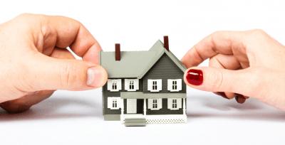 Как может делиться квартира на доли при дарении между родственниками?